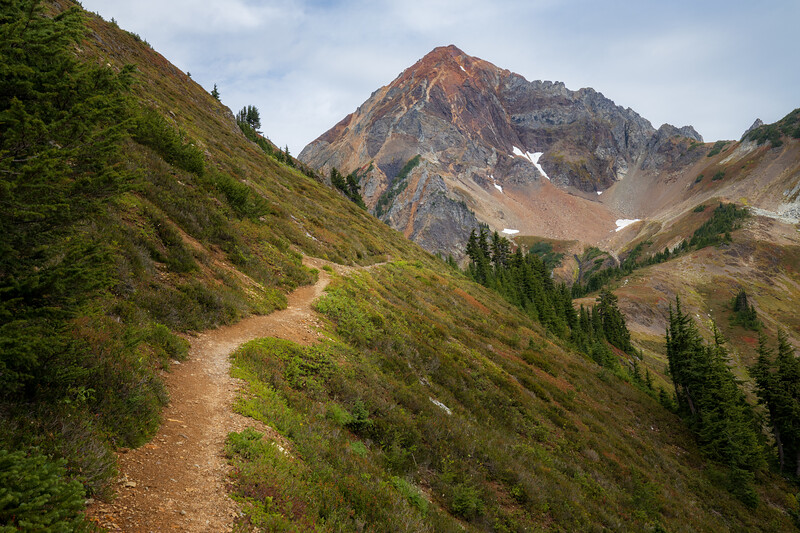 Whatcom, Winchester Mountain - Trail approaching High Pass and Mt. Larrabee