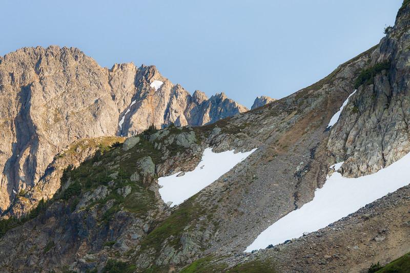 North Cascades, Cascade Pass - Ptarmigan Traverse trail barely visible heading south