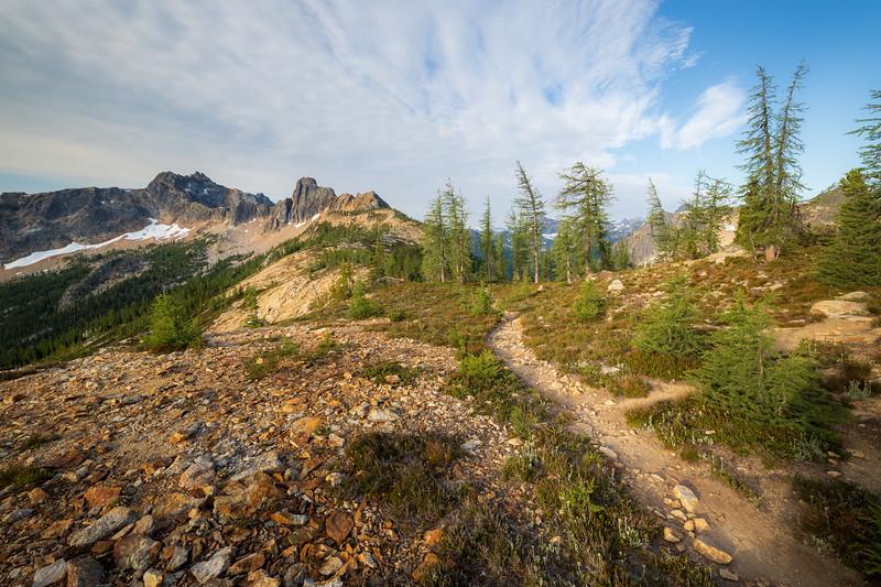 Rainy Pass, Cutthroat Pass - Trail leading towards Cutthroat Peak in morning light