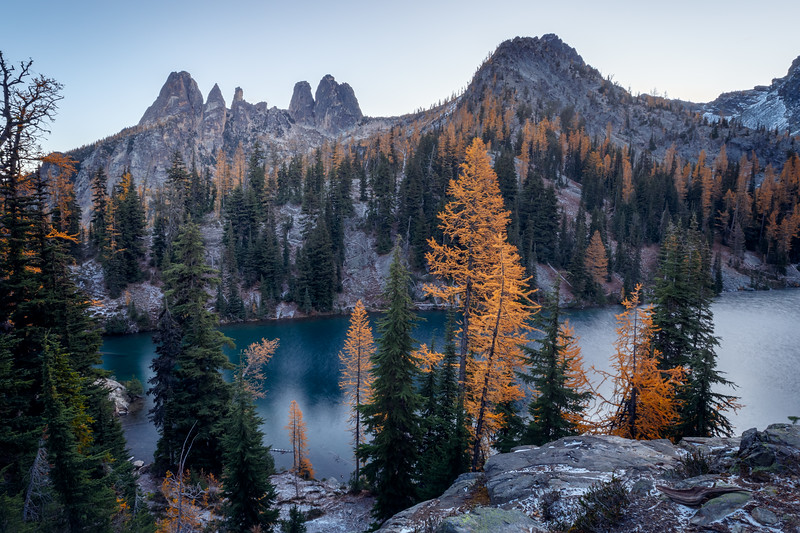 Washington Pass, Blue Lake - Fall color larches pre-dawn and Liberty Bell