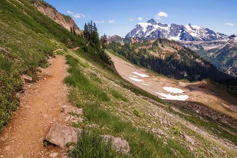 Whatcom, Artist Point - Chain Lakes Trail looking back towards Shuksan