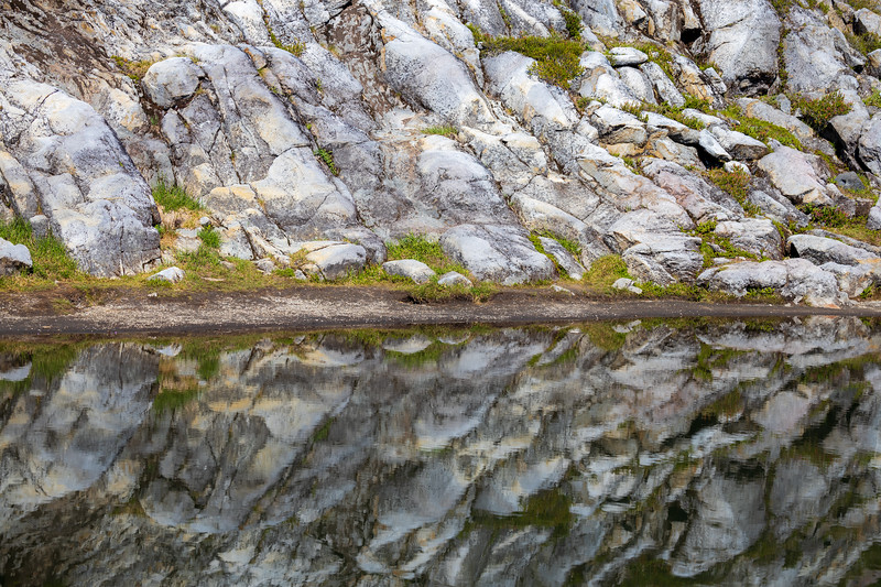 Whatcom, Artist Point - Patterns of rocks reflected in a pond