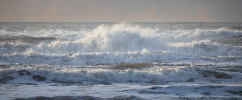 Kalaloch, Ruby Beach - Large wave crashing ashore with spray