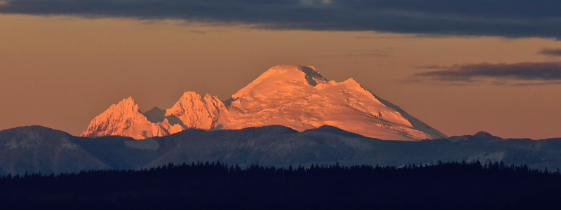 North Cascades with late afternoon light