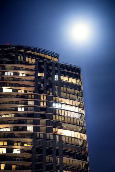 Bellevue, Downtown - Top of skyscraper with haze in front of moon