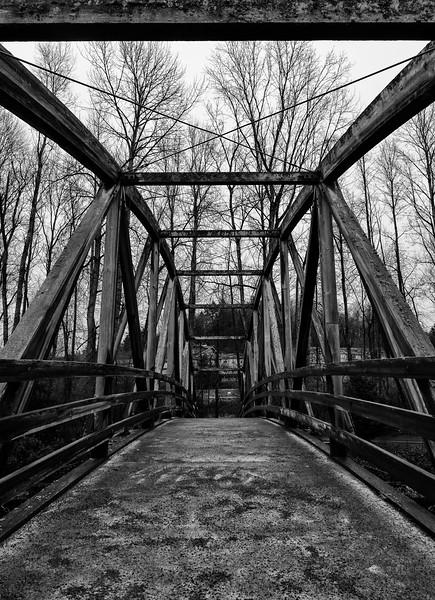 Bothell, Bothell Landing - Bridge over Sammamish River, black and white