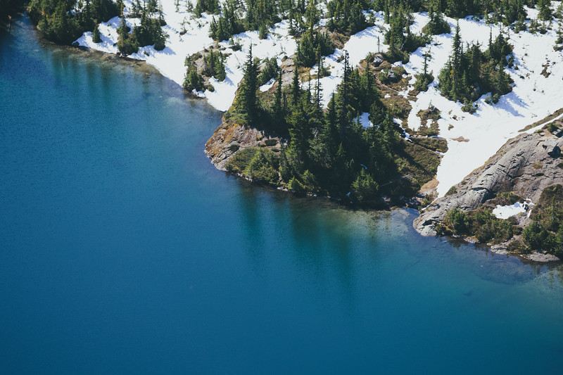 Rainier, Tolmie - Shoreline of Eunice Lake viewed from above, telephoto