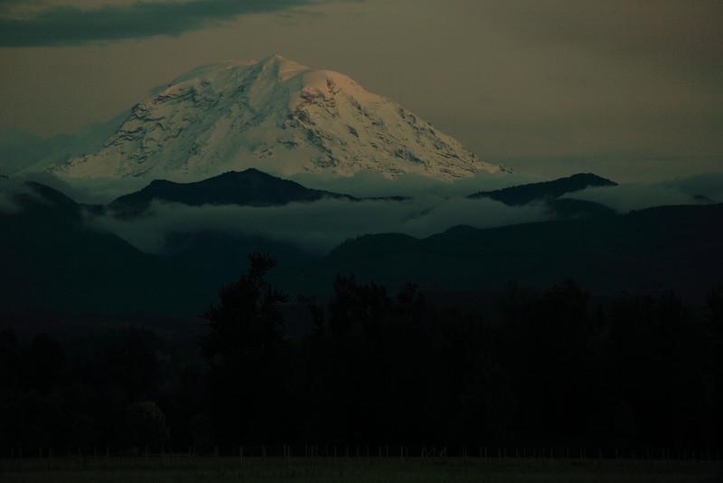 Mt.Rainier Evening Light