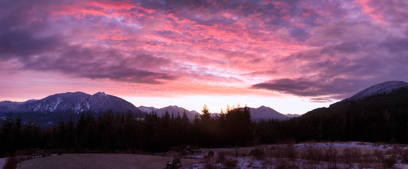 North Bend, Snoqualmie Point Park - Pink sunrise over Mt. Si and upper Snoqualmie Valley, panorama