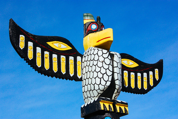 Totem Pole in South Bend, WA