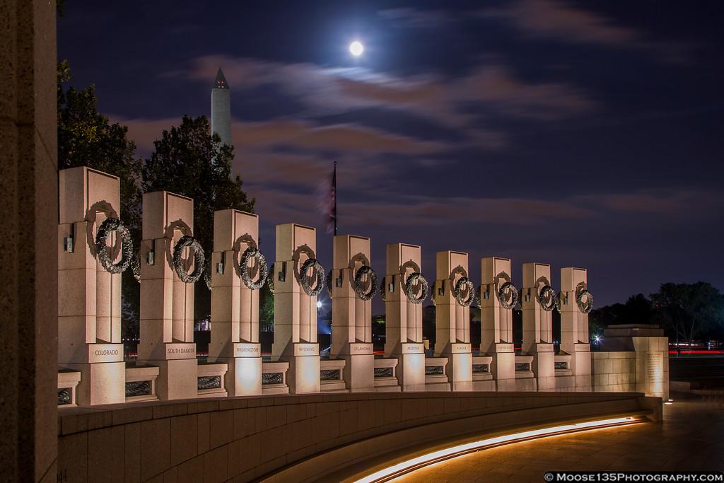 IMAGE: https://photos.smugmug.com/WashingtonDC/Monuments-and-Landmarks/i-2z73C96/0/XL/JM_2016_09_17_World_War_II_Memorial_003-XL.jpg
