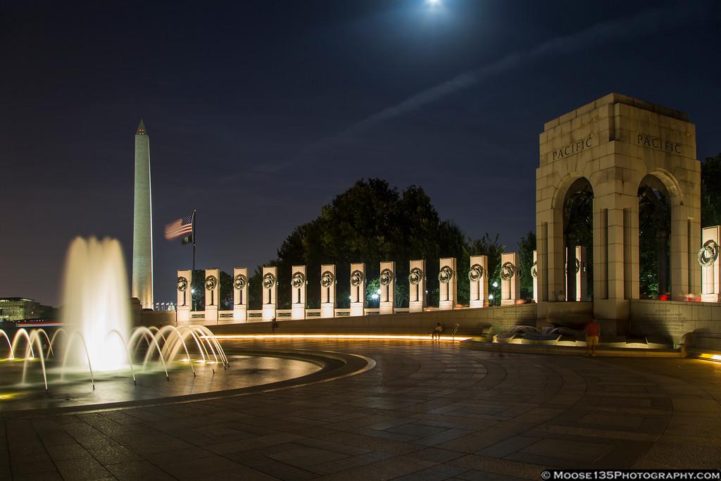 IMAGE: https://photos.smugmug.com/WashingtonDC/Monuments-and-Landmarks/i-ZLBdrnS/0/XL/JM_2016_09_17_World_War_II_Memorial_006-XL.jpg