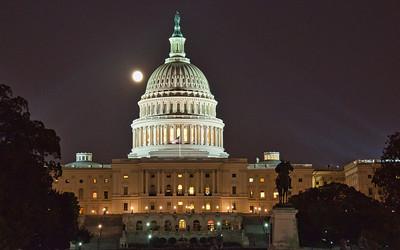 US-capital-moon-2