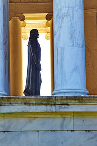 washdc_jefferson_memorial_statue_side-view_raw8497