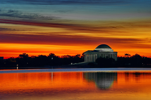 Jefferson Memorial at dawn across the tidal basin
