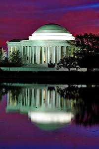 WashDC_Jefferson_Memorial_Vertical_Reflection_Pre-dawn_RAW8594
