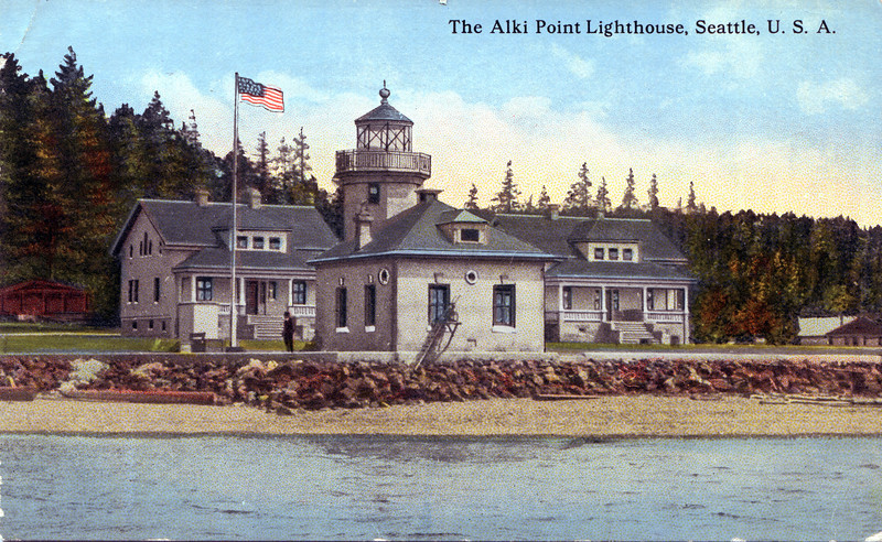The light station is still used as housing for active Coast Guard personnel, but tours are provided by members of the U.S. Coast Guard Auxiliary Flotilla 2-4.  Tours are currently suspended but will return in the future. See http://wow.uscgaux.info/content.php?unit=130-02-04&category=alki-pt-lighthouse-tours for details