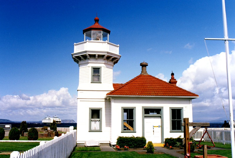 In 1927 electricity was brought to the lighthouse and replaced the kerosene oil lantern. At this time the rotating Fresnel lens was replaced with a fixed Fresnel lens.  Times at the lighthouse were relatively quiet. The Lighthouse Service merged with the Coast Guard in 1939. In 1954 the size of the station was reduced when the Coast Guard transferred one acre to Washington State Parks. In 1960 the Coast Guard announced its intention to remove the Fresnel lens from the tower. Due to public outcry, the CG reversed its decision. The lens remains on display in the tower today.