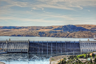 grand-coulee-dam-2_tonemapped