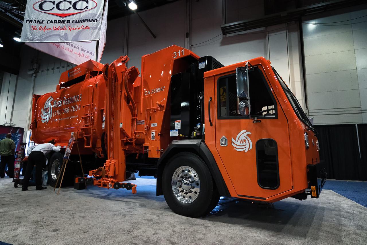 2015 Crane Carrier LET Amrep HX450 Automated Side Loader