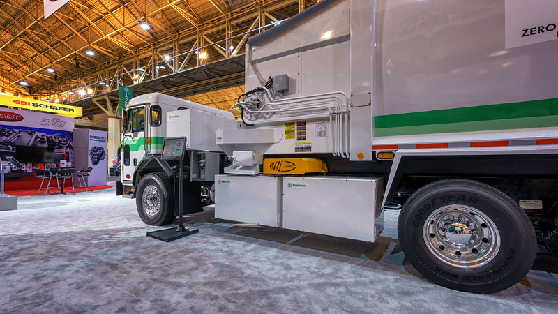 County of Sacramento Peterbilt 520 Labrie Automizer Automated Side Loader
