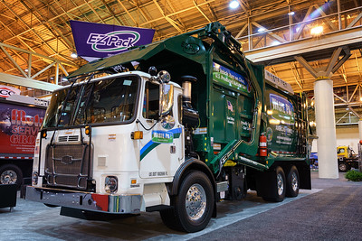 Waste Pro Autocar ACX EZ Pack Hercules CNG Front Loader