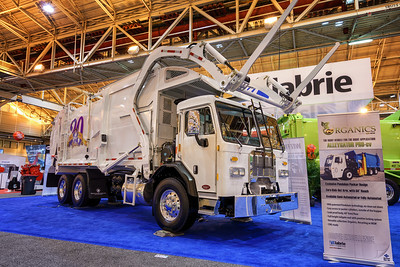 Waste Connections Peterbilt 320 Featherweight Front Loader