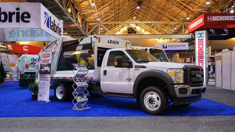 Ford F550 Leach Mini Rear Loader