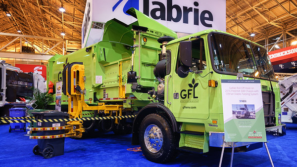 GFL Autocar ACX Labrie Automizer Automated Side Loader