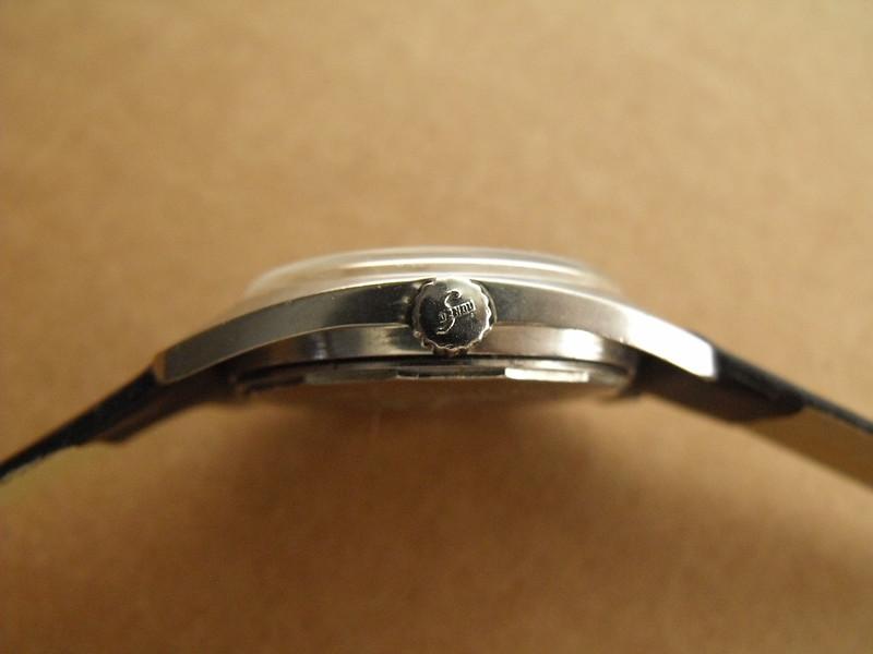 Suzhou pattern dial crown
