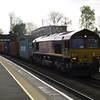 66076 on a late running 4O53 Wakefield - Southampton modal