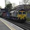 66517 on 4054 Leeds - Southampton liner