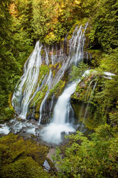 IMAGE: http://gkphotography.smugmug.com/Landscapes/WaterfallsWater-Features/i-bv85dMr/0/L/MG3534-L.jpg
