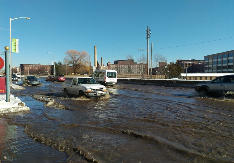 new style 4b567 09d98 Water main break forces closures of busy downtown Lowell streets  (SLIDESHOW) - Lowell Sun Online