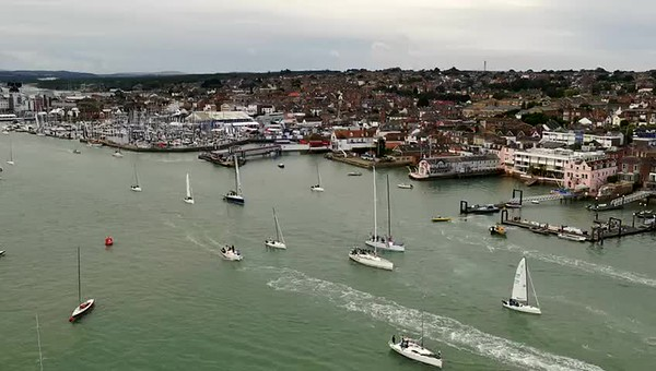 Cowes Harbour Timelapse