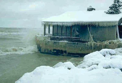 Winter-LakefrontDrive-LkMichigan