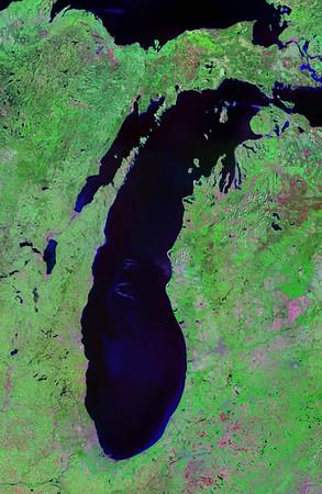 LakeMichigan-Satellite-Landsat