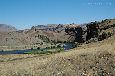 Then it's up to the top of the cliffs above the river bend to get a look down river and across to what happened in the geologic past.