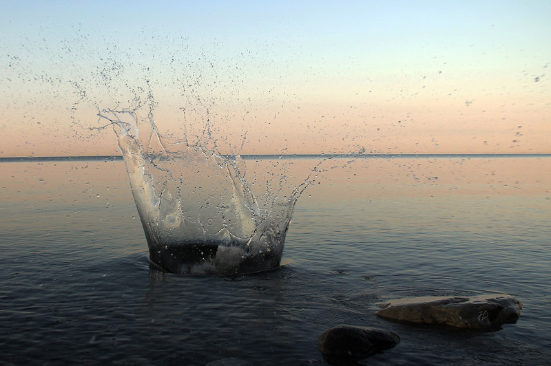 Big Water Splash in Lake