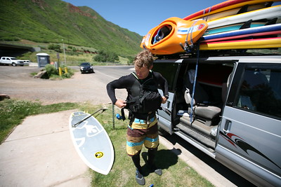 GLENWOOD SPRINGS, CO - Stand up paddle boarding with Charlie MacArthur from the Aspen Kayak Acadamy. Showing how it's done.