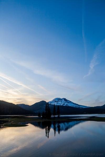 Sparks Lake Sunset Vertical