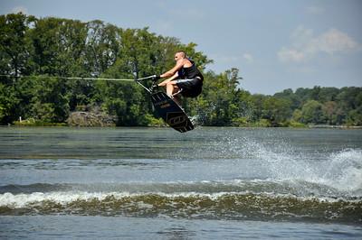 Catchin' air!