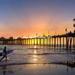 Huntington Beach Pier -surfer, @ R  Hansen 2015