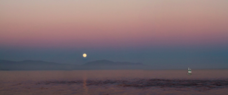 Moonrise over Rincon Mountain