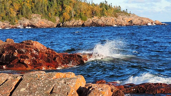 Lake Superior Waves, 2017, Rictographsimages  (29)