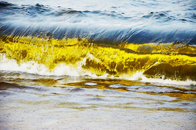 The Waves Of Lake Superior, Pounding the Beach