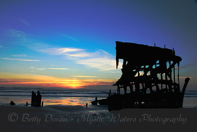 Sunset of Peter Iredale