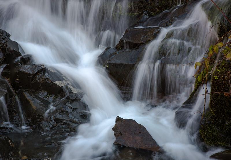 Yankee Jims Waterfall 2644