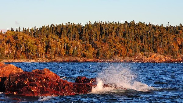 Lake Superior Waves, 2017, Rictographsimages  (32)