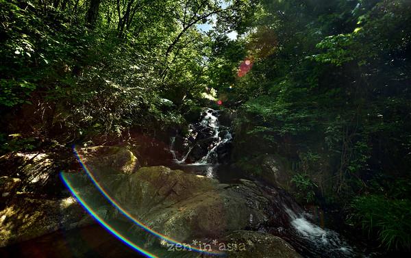 bokeh falls